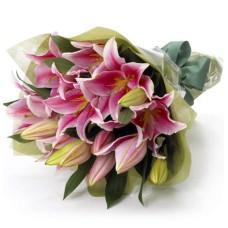 5 Lilies bouquet Flower